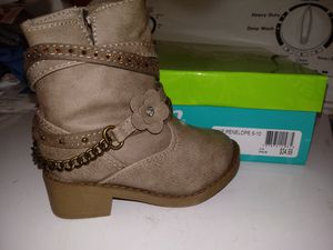 Toddler boots for Sale in Kalamazoo, MI