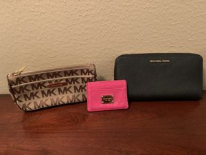 Wallets and wristlets for Sale in Houston, TX