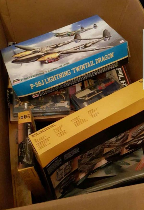 Models (planes and other military vehicles)