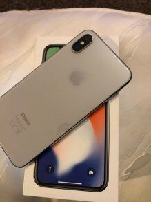 iPhone X 64GB White/Silver FACTORY UNLOCKED **LIKE NEW WITH BOX** for Sale in Beaverton, OR