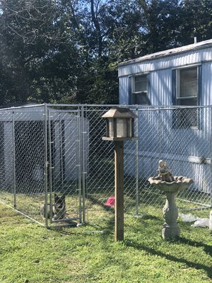 10 X 10 dog kennel from Lowe's Sale for Sale in Wetumpka, AL