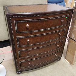 Gorgeous Leather Wrapped Thomasville Highboy Dresser - Delivery Available for Sale in Tacoma,  WA