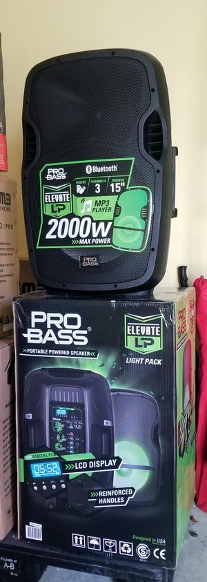 """1800 watts. Double 10"""" woofer Speaker. Bluetooth. FM radio. USB connection. Rechargeable battery. Wireless microphone inlcuded. Brand New. for Sale in Miami, FL"""