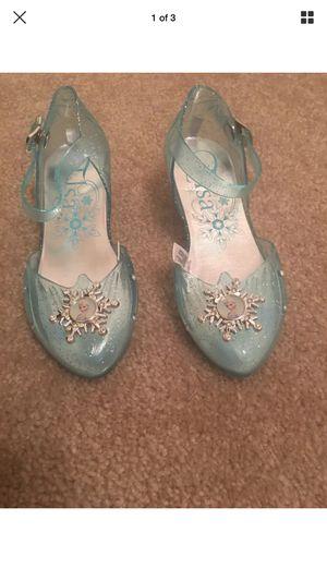 Elsa light up shoes size 11/12 for Sale in Arlington, TX