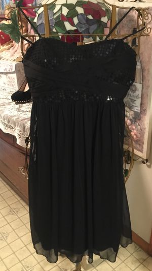 Gorgeous glam eve little black dress sequins and chiffon layers slip on small fabric tie elegant sz Med stretch polyester under layers Euc non smoke for Sale in Northfield, OH