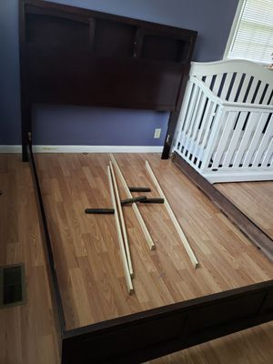 Queen bed frame for Sale in Dalton, GA