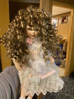 Antique doll curly girl for Sale in Matteson, IL