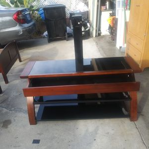 Whalen Tv Stand for Sale in Los Angeles, CA