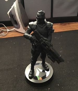 Over watch collectible statue soldier:76 for Sale in San Leandro, CA
