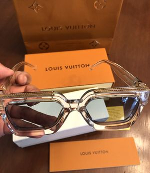 Unisex Millionaire Sunglasses by Virgil Abloh! Excellent ( Read Description) ! Serious buyers for Sale in Silver Spring, MD