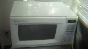 Sharp Carousel Microwave for Sale in Vancouver, WA