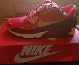 Nike Gym Shoe for Sale in Detroit, MI