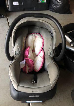 Maci cosi car seat quinny stroller for Sale in Moreno Valley, CA