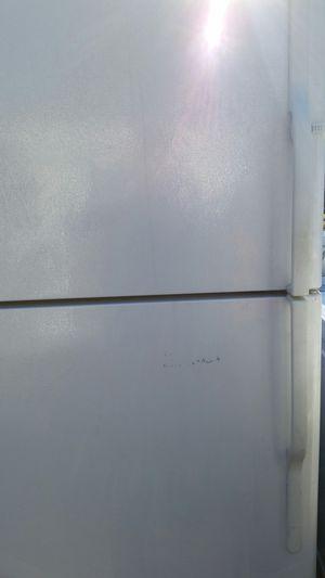 Refrigerator top freezer for Sale in Lincolnia, VA