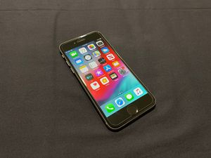 iPhone 6 64GB Unlocked for Sale in Roseville, MN