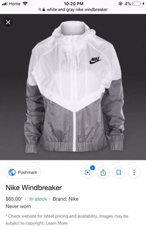 White and Gray Nike Windbreaker Unisex for Sale in Stockton, CA
