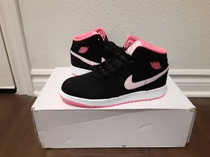 Jordans Retro 1 multiple sizes for Sale in Bloomington, CA