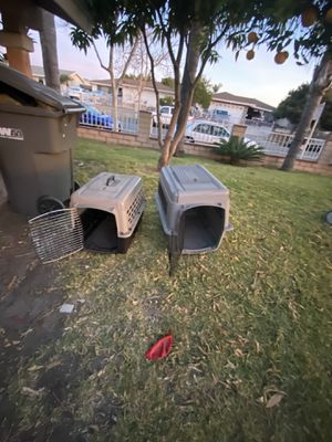 Dog kennel for Sale in Costa Mesa, CA