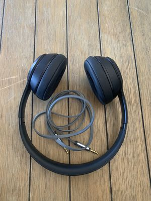 Beats Solo 3 Wireless barely used for Sale in San Diego, CA