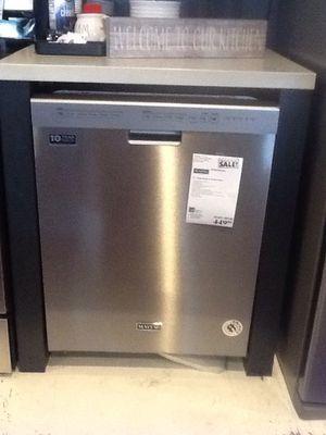 New open box maytag dishwasher MDB4949SHZ for Sale in Downey, CA