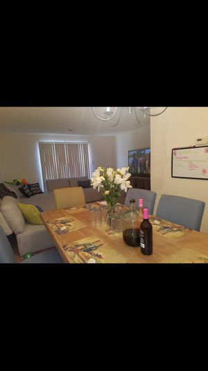 7 Pc Dinning Room Set for Sale in Greensboro, NC