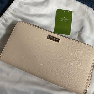 Kate Spade Wallet for Sale in Fallbrook, CA