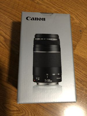 BRAND NEW DSLR Canon Lens and Lexar 32gb Micro SD card for Sale in Whittier, CA