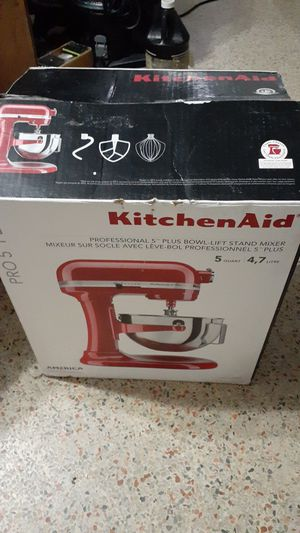 """KitchenAid 5 Qt MIXER PRO 5 PLUS W/POURING SHEILD """"NEW IN BOX"""" NO OFFERS, PRICE IS FIRM for Sale in North Miami, FL"""