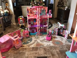 Barbie doble side house with LOTS of accessories😀NOT selling separate-NO Holds,MUST pick it up for Sale in Raleigh, NC