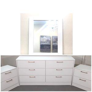 New mirror dresser and nightstands with Gold Handles for Sale in Hollywood, FL