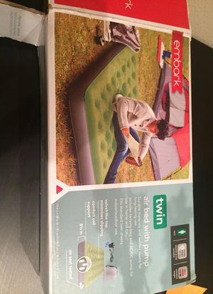 Twin size air bed with pump for Sale in Houston, TX