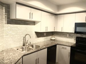 Cabinet kitchen build . Plain withe 200 each for Sale in Aventura, FL