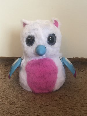 Hatchimals-Pink,white, and blue for Sale in Vallejo, CA