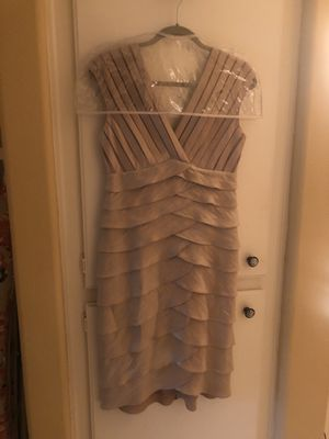 London times cocktail dress for Sale in Tustin, CA