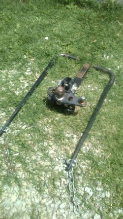Reese hitch sway bars 2,5,16 ball for Sale in Louisville,  KY