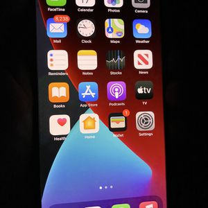iPhone 11 Pro Max for Sale in Kennewick, WA