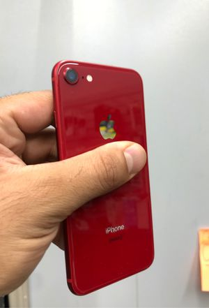 iPhone 8 red for Sale in Bellaire, TX