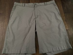 Nike Men's Golf Shorts stripped size 38 Great Condition for Sale in Sugar Land, TX
