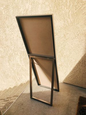 Full length mirror with attached stand for Sale in Colton, CA