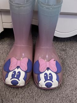 Disney Toddler Minnie Mouse Rain Boots Size 9 for Sale in Whittier,  CA