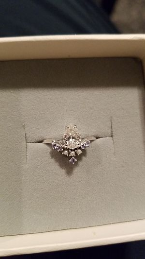 Valentine's Day 14k White Gold Ring for Sale in Benbrook, TX