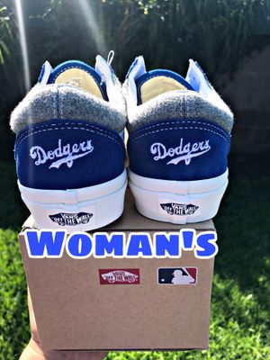 MLB Old Skool Los Angeles Dodgers Wool Blue VN0A38G1RTG woman's shoe for Sale in South Gate, CA