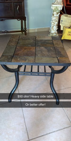 Coffee table for Sale in Mineola, TX