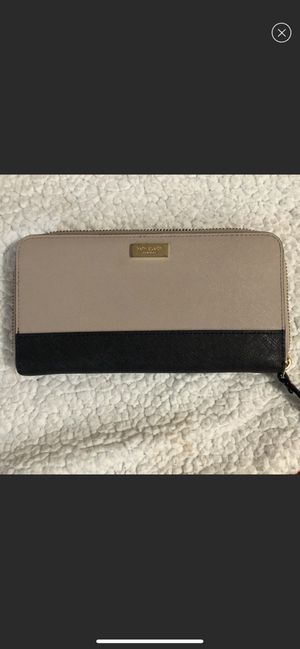 Kate spade wallet for Sale in Garland, TX