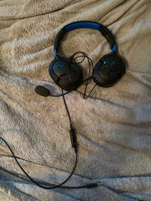 Ps4 turtle beach headset for Sale in Elyria, OH