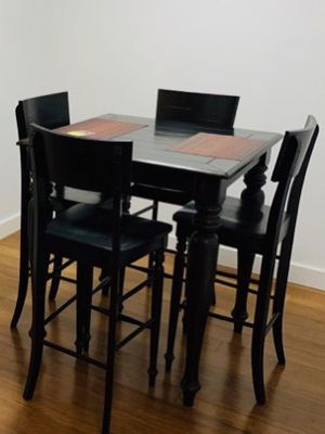 Pub Dining Table and chairs for Sale in Tacoma, WA