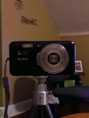 Kodak EasyShare V1003 digital camera for Sale in Brooklyn, OH