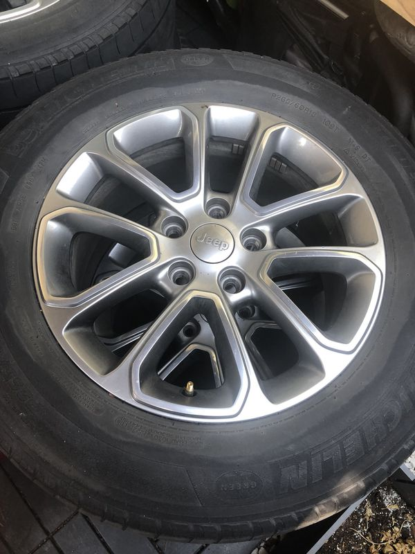 Jeep Grand Cherokee Limited wheels