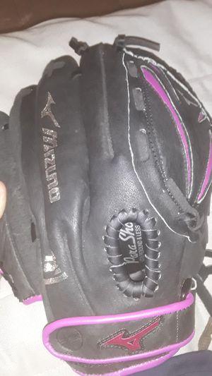 left-handed baseball glove for Sale in Miami, FL