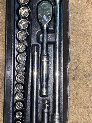 """17 pc 1/2"""" drive 6-point socket set for Sale in Los Angeles, CA"""